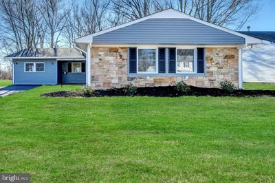 23 GLOVER LN, WILLINGBORO, NJ 08046 - Photo 1