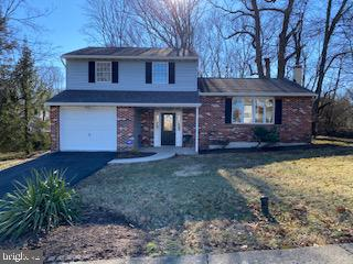 206 RUSSELL AVE, DOUGLASSVILLE, PA 19518 - Photo 1