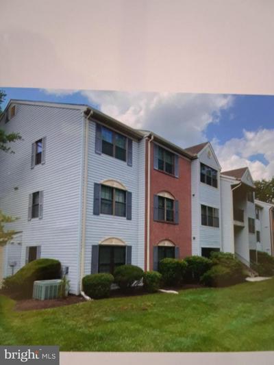 40 CHAMBERLIN CT, LAWRENCEVILLE, NJ 08648 - Photo 1