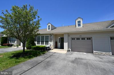 905 S MARSHVIEW RD, Stewartstown, PA 17363 - Photo 1