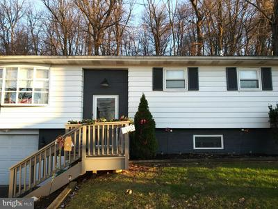 40 E STATION AVE, COOPERSBURG, PA 18036 - Photo 1