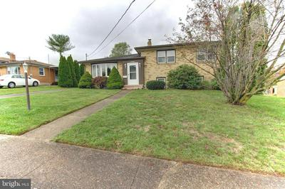 680 CARBON AVE, HARRISBURG, PA 17111 - Photo 2