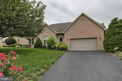 8 WINDSOR WAY, ANNVILLE, PA 17003 - Photo 1