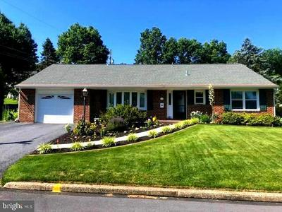 516 COLONY RD, Camp Hill, PA 17011 - Photo 1
