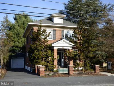 6496 JONESTOWN RD, HARRISBURG, PA 17112 - Photo 2