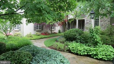 544 OLDE COURSE RD, Hershey, PA 17033 - Photo 1