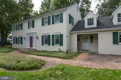 16 FOXCROFT DR, DOYLESTOWN, PA 18901 - Photo 2