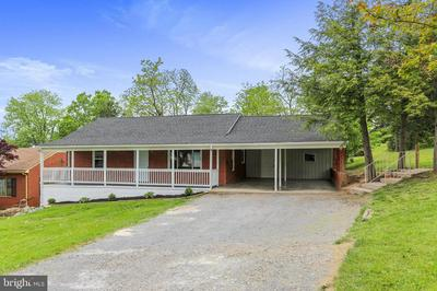 381 WALTON ST, Strasburg, VA 22657 - Photo 1