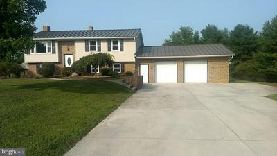 1411 KELLEY AVE, SPRING GROVE, PA 17362 - Photo 1