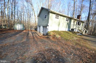 229 MOUNTAIN VIEW DR, POCONO LAKE, PA 18347 - Photo 2