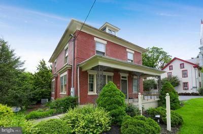305 N GEORGE ST, MILLERSVILLE, PA 17551 - Photo 2