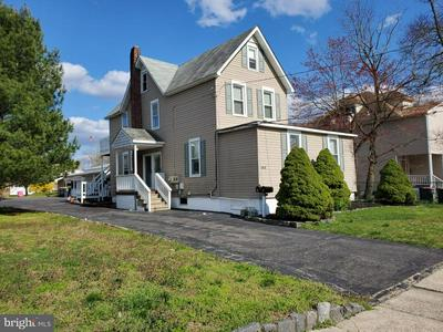 144 NORTH AVE, WEST BERLIN, NJ 08091 - Photo 1