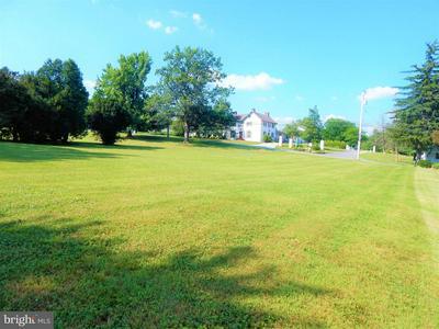 32 NEWPORT AVE, Christiana, PA 17509 - Photo 1