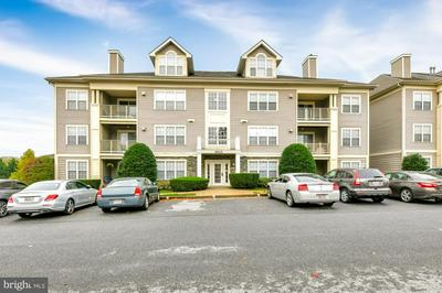 8905 STONE CREEK PL APT 202, PIKESVILLE, MD 21208 - Photo 1
