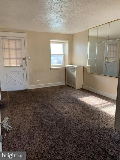 7257 GUILFORD RD, UPPER DARBY, PA 19082 - Photo 2