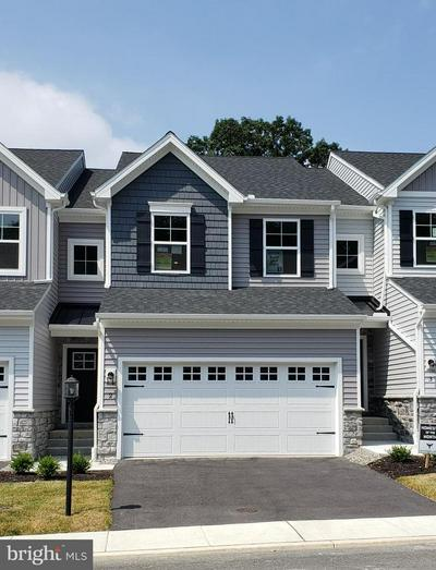 2 WOODS DR, CAMP HILL, PA 17011 - Photo 2