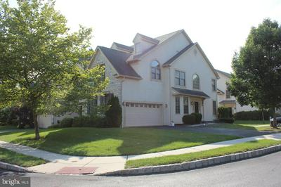 2405 VINCENT WAY, NORRISTOWN, PA 19401 - Photo 2