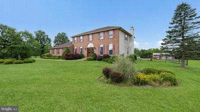 6617 BLUEBERRY LN, PIPERSVILLE, PA 18947 - Photo 1