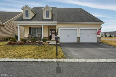 9 HONOR DR, MECHANICSBURG, PA 17050 - Photo 1