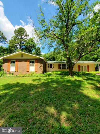 6909 HOWELLSVILLE RD, Boyce, VA 22620 - Photo 1