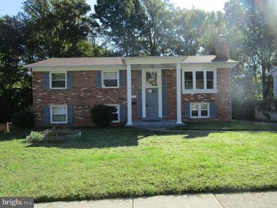 13815 GILBERT RD, WOODBRIDGE, VA 22193 - Photo 1