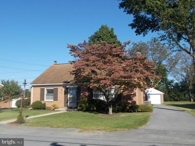 13525 SPRIGGS RD, HAGERSTOWN, MD 21742 - Photo 2