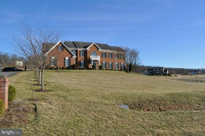 15521 BANKFIELD DR, WATERFORD, VA 20197 - Photo 2