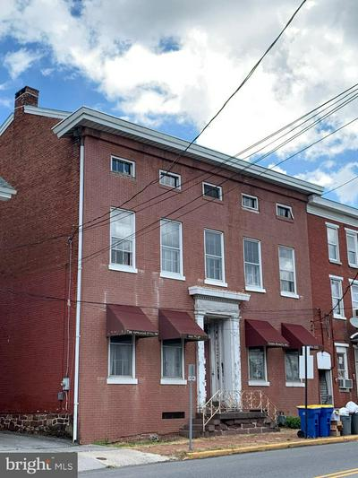 19 W MAIN ST, MIDDLETOWN, PA 17057 - Photo 1