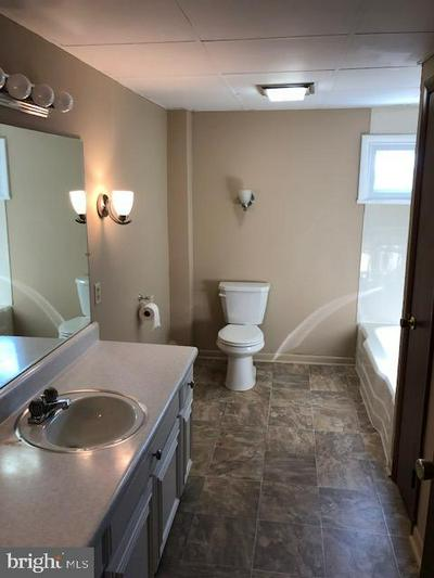 10 E MAIN ST, DALLASTOWN, PA 17313 - Photo 2
