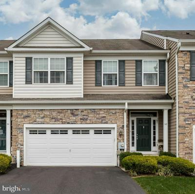 42 PLYMOUTH DR, ROYERSFORD, PA 19468 - Photo 1