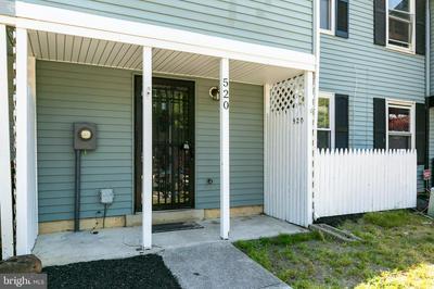 520 W LOCH LOMOND DR, Sicklerville, NJ 08081 - Photo 2