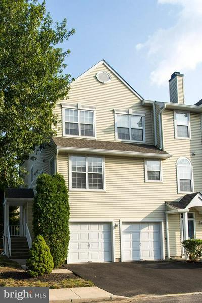 6701 RIVERFRONT DR, PALMYRA, NJ 08065 - Photo 2