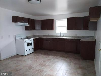 106 HANOVER ST, PEMBERTON, NJ 08068 - Photo 2