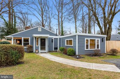7013 WESTMORELAND RD, FALLS CHURCH, VA 22042 - Photo 2