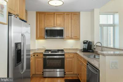 1900 HAMILTON ST UNIT 607, PHILADELPHIA, PA 19130 - Photo 2