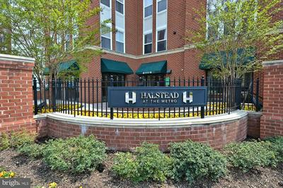 2655 PROSPERITY AVE APT 429, FAIRFAX, VA 22031 - Photo 2