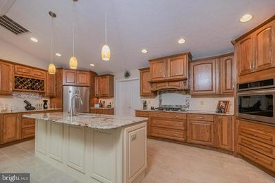 525 LAKE FOREST DR, OAKLAND, MD 21550 - Photo 2