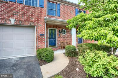 455 QUIGGLEY CIR, HARRISBURG, PA 17112 - Photo 2