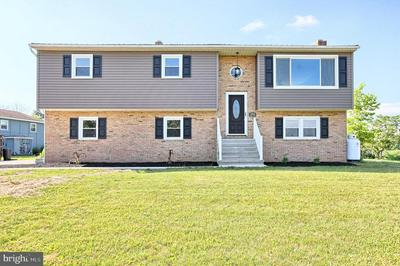 200 FAIRWAY DR, Etters, PA 17319 - Photo 1