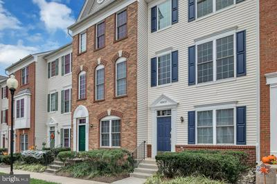 42837 SYKES TER, CHANTILLY, VA 20152 - Photo 1