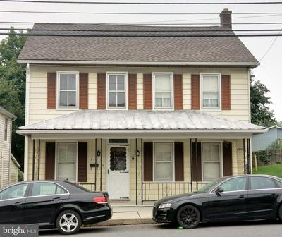 115 HANOVER ST, NEW OXFORD, PA 17350 - Photo 1