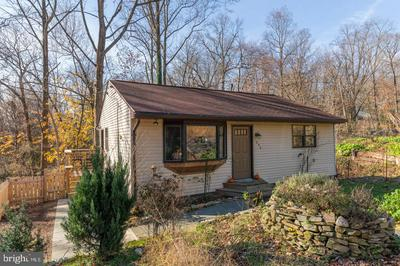 1046 WOODVALE AVE, LANGHORNE, PA 19047 - Photo 1