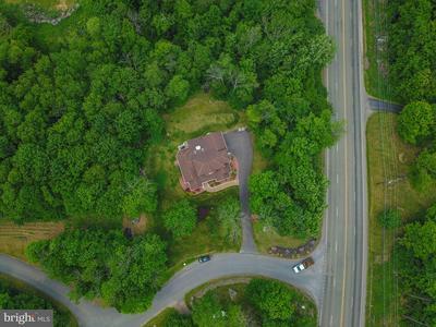 8 COVINGTON LAKE DR, COVINGTON TOWNSHIP, PA 18424 - Photo 2