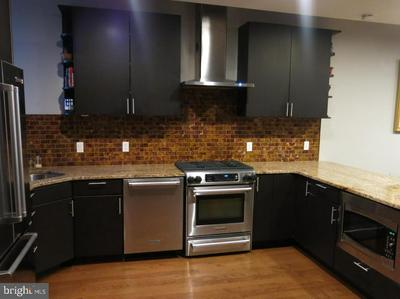 717 S MARVINE ST, PHILADELPHIA, PA 19147 - Photo 2