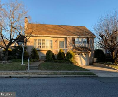 202 ELKINS AVE, READING, PA 19607 - Photo 2