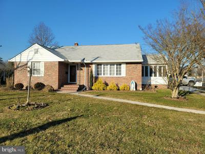 599 GREENWOOD DR, HAMMONTON, NJ 08037 - Photo 1