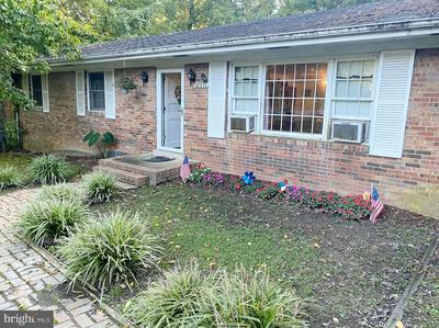 18351 SHARON RD, TRIANGLE, VA 22172 - Photo 1