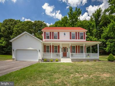 4005 TODD DR, PRINCE FREDERICK, MD 20678 - Photo 1