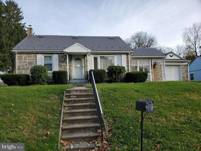 75 S BUTTONWOOD ST, MACUNGIE, PA 18062 - Photo 1