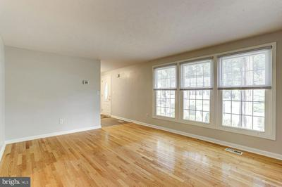 528 BAY GREEN DR, ARNOLD, MD 21012 - Photo 2